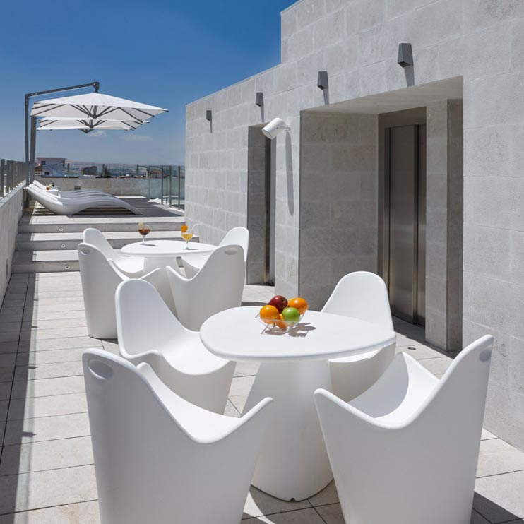 Amalfi Sonnenschirm Seitenmastschirm Caravita Weiss Quadratisch Five Senses Granada Spanien 03