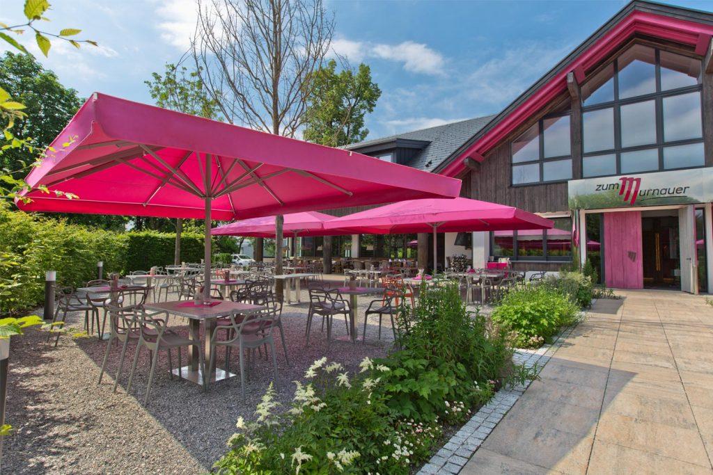 Big Ben Sonnenschirm Caravita Pink Rechteckig Restaurant Murnauer Murnau Deutschland 04 1 1024x683